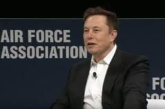 Elon Musk: Avionul de vanatoare F-35 nu are nicio sansa in fata unei drone cu inteligenta artificiala