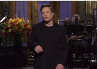 """Elon Musk, prima persoana cu sindromul Asperger care a gazduit emisiunea """"Saturday Night Live"""" VIDEO"""