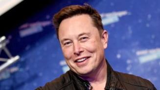"""Elon Musk nu mai este cel mai bogat om de pe planeta. Suma colosala pierduta prin """"joaca"""" cu Bitcoin si Tesla"""