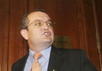 Emil Boc: Liderii Opozitiei vin doar cu critici, nu au nicio solutie la criza