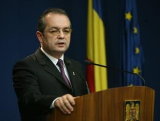 Emil Boc: Procesul de restructurare a aparatului bugetar continua