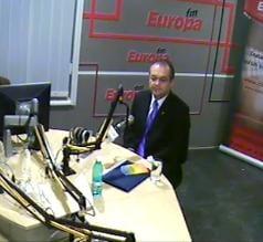Emil Boc: Salariul minim va creste cel putin cu rata inflatiei