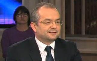 Emil Boc: Violentele din strada nu ne vor ajuta sa rezolvam problemele