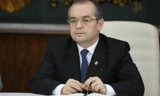 Emil Boc, candidat la Primaria Cluj-Napoca? PDL l-ar sustine