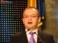 Emil Boc, despre tragedia aviatica: Incompetenta USL omoara oameni