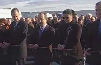 Emil Boc a inaugurat cei 10 kilometri de autostrada