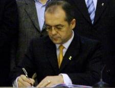 Emil Boc a semnat decretul de numire a Iuliei Carcei in fruntea ANOFM