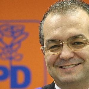 Emil Boc demisioneaza luni din functia de primar