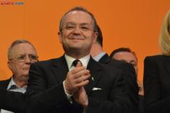 Emil Boc ii cere demisia lui Ponta: Un gest de curtoazie politica