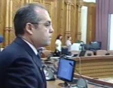 Emil Boc participa la sedinta deputatilor de modificare a Legii ANI
