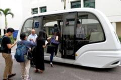 Emil Boc spune de cand va circula la Cluj autobuzul fara sofer. Viitorul e mai aproape decat credem