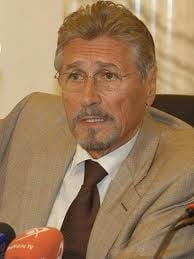 Emil Constantinescu: Reactia Romaniei in cazul Libiei, nepotrivita si nechibzuita