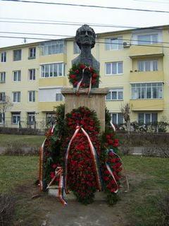 Eminescu omagiat la Dej