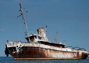 "Epava ""Transilvania"", scufundata in Dunare de 30 de ani, castigata la licitatie"