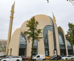 Erdogan a inaugurat marea moschee controversata din Koln, la finalul vizitei in Germania (Video)