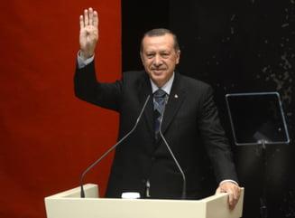 Erdogan ameninta ca va relua ofensiva in Siria, daca nu se retrag kurzii la timp
