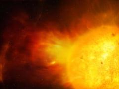 Erupție solară extrem de puternică produsă pe 24 august. Fluxul de plasmă vine cu 1.350.000 de kilometri pe oră spre Pământ VIDEO