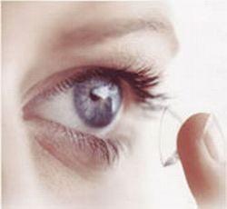 Este bine sa purtam lentile de contact?