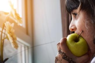 Este in regula sau nu sa le dam si copiilor mancare de post? Sfatul nutritionistului