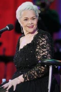 Etta James are cancer in faza terminala (Video)