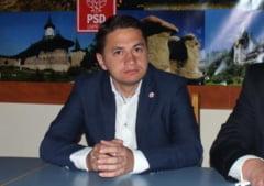 Eu&UE: Europarlamentarul Emilian Pavel ii provoaca la concurs pe liceenii bihoreni