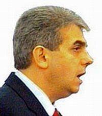 Eugen Nicolaescu: Exodul medicilor poate fi oprit doar cu bani