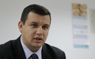 Eugen Tomac: Biruri mai mari pentru luxul secretarelor din USL