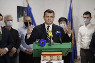 """Eugen Tomac spera ca PMP sa intre in Parlament: """"Suntem optimisti, asteptam rezultatul final al alegerilor"""""""