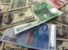 Euro a atins un nou record istoric in fata dolarului: 1.59 dolari/euro