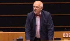Eurodeputatul polonez care a insultat femeile a fost penalizat de PE