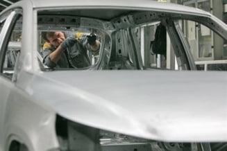 Europa impune constructorilor de masini reducerea emisiilor de dioxid de carbon