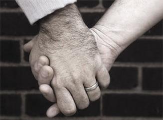 Europa ne critica, SUA ne lauda: Codul Civil roman interzice casatoria intre homosexuali