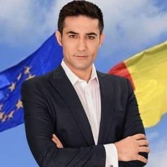 Europarlamentarul Claudiu Manda a fost trimis in judecata de DNA. Ce acuzatii i se aduc sotului Olgutei Vasilescu