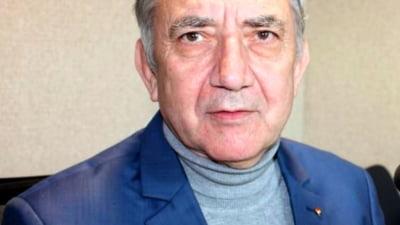 Europarlamentarul Eugen Tomac i-a oferit functia de consilier fostului director al liceului romanesc din Tiraspol, demis dupa 29 de ani in functie