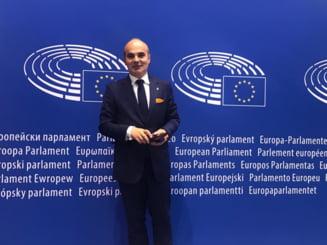 """Europarlamentarul Rares Bogdan respinge infierea copiilor de catre cupluri ale minoritatilor sexuale: """"Lucrul asta e o chestie care schimba lumea"""""""