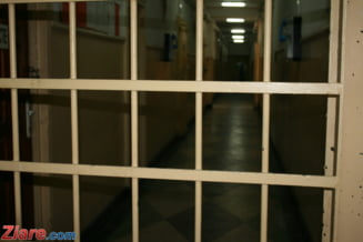 Evadare ca-n filme: Au sapat un tunel pe sub zidul inchisorii si s-au facut nevazuti