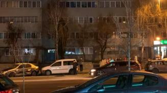Eveniment rutier pe strada Crisan din Slatina. Trei masini parcate, lovite de un autoturism care a intrat pe contrasens