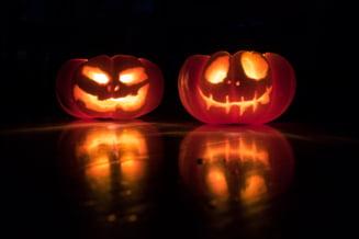 Evenimentele de tipul Focul lui Sumedru sau Halloween vor fi interzise in judetul Arges