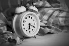 Exact asa iti afecteaza memoria si reactiile fiecare ora de somn pe care ar trebui sa o dormi si nu o faci. Ce se intampla cand dormi prea mult