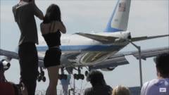 """Exaltarea cauzata la Londra de sosirea Air Force One. """"Oamenii s-au urcat pe case, masinile au oprit pentru o fotografie"""" VIDEO"""