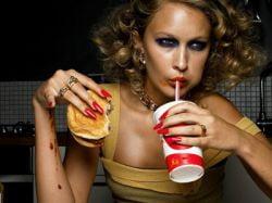 Excesul de calorii duce la incontinenta