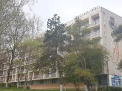 Executati de Fisc si declasificati de Ministerul Turismului, fratii Micula isi mai scot o data hotelurile la vanzare