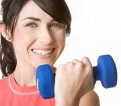 Exercitiile fizice ajuta bolnavii de osteoporoza