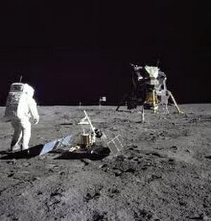 Experiment SF: NASA incepe colonizarea Lunii (Video)