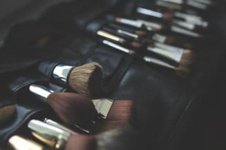Experta in frumusete sau amatoare? Trucurile care fac diferenta