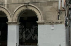 Explicatiile RA-APPS dupa ce angajatii sai au vopsit un monument istoric: Firea a cerut curatenie, dar nu era chip sa speli graffiti-urile