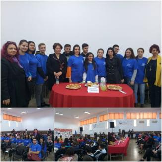 "Expozitie culinara, editia a X-a, la Liceul Tehnologic ""Petre S. Aurelian"""