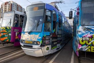 Expozitie de graffiti pe tramvaiele din Bucuresti. Cum arata capodoperele celor mai cunoscuti artisti stradali din Romania