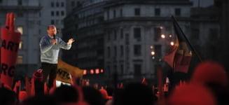 """Extinctia romanilor sub """"dictatura"""" portocalie (Opinii)"""