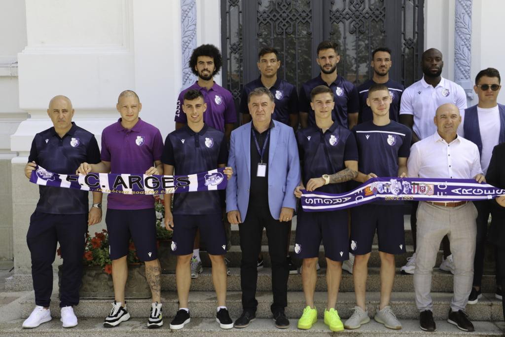 FC Arges viseaza la cupele europene! Ce fotbalist de nationala se intoarce  la Pitesti dupa 12 ani